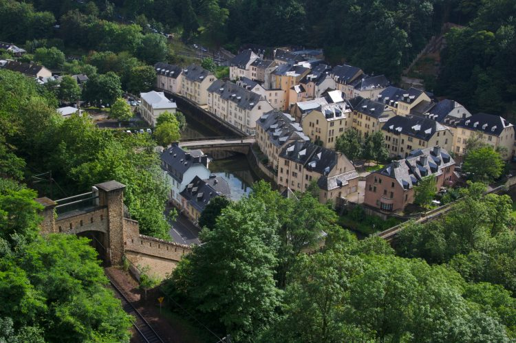 luxembourg bank holidays 2018